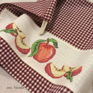 """Кухонное полотенце с вышивкой """"""""Вкус спелых яблок -2"""""""